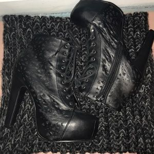 Shoes - Black Laced Up Booties